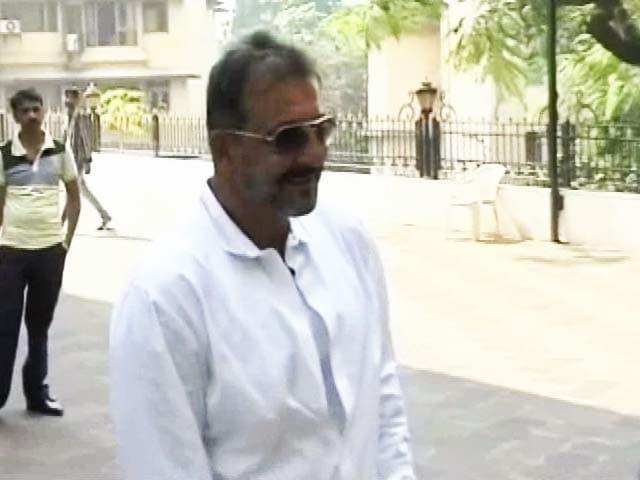 Videos : जानिए जेल से रिहा होकर कहां-कहां जाएंगे अभिनेता संजय दत्त