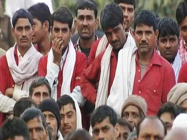 Video : 'Sahayaks' React to Rail Budget 2016-17
