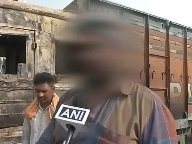 Video : मुरथल में कथित रेप : चश्मदीद का दावा, 'महिलाओं को खींचकर खेतों की ओर ले जाते देखा'