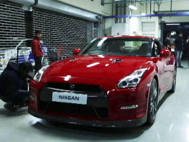 Video : Nissan GT-R Review