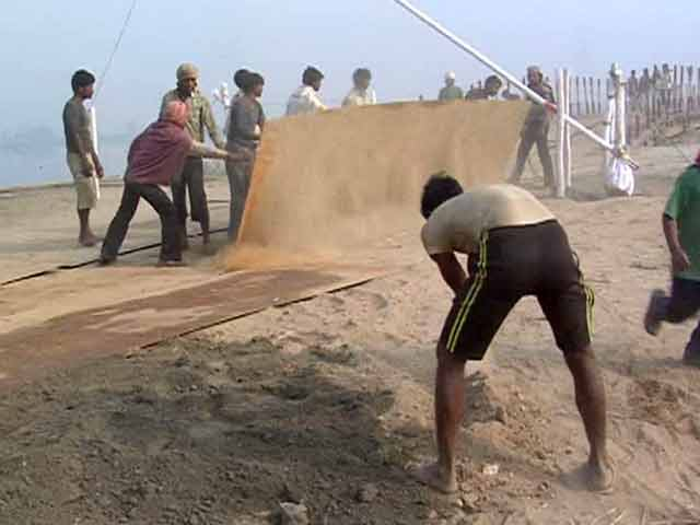 Video : For Art of Living Event On Yamuna Bank, DDA Faces The Music