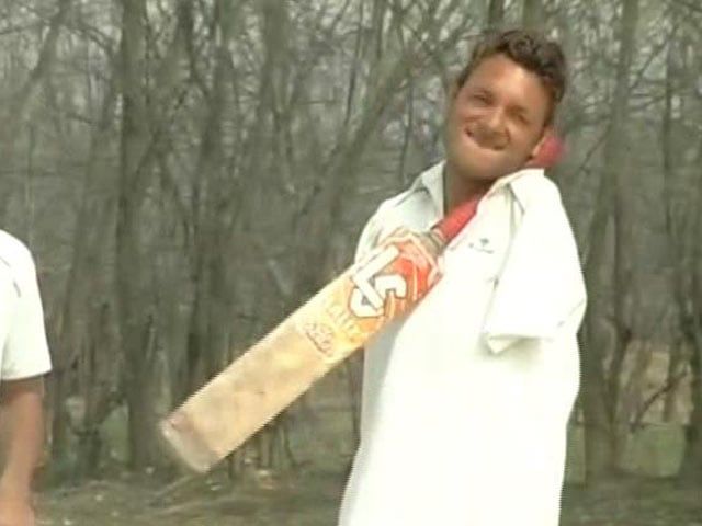 Video : Amazing Story of J&K's Para Cricketer Amir Hussain