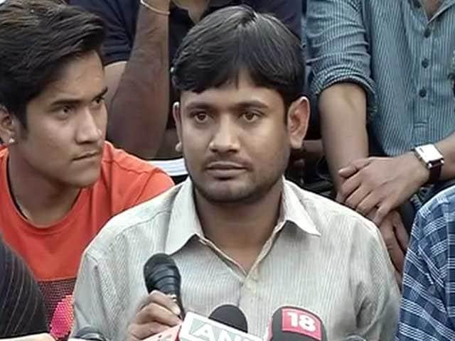 Videos : इंडिया 7 बजे : अफजल मेरा आदर्श नहीं- कन्हैया
