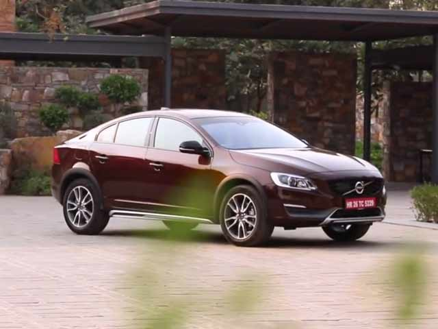 Compare Volvo S60 Vs Bmw 3 Series Price Mileage Specs Reviews Performance