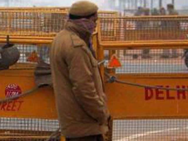 Video : दिल्ली में 10 आतंकियों के घुसने की आशंका के बाद अलर्ट जारी