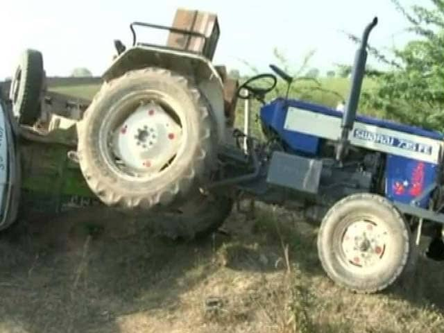 Video : Forest Guard Dies While Trying To Stop Sand Smuggling In Gwalior