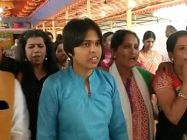 Video : On Mahashivratri, No Access To Temple For Activist Trupti Desai