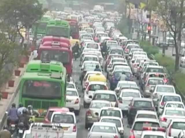 Video : 20,000 Weddings, Sri Sri Festival And A Nightmare On Delhi's Roads