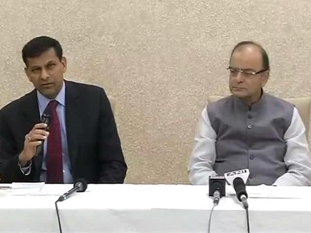 Video : Penalise Defaulters, But Don't Make It A Fishing Expedition: Raghuram Rajan