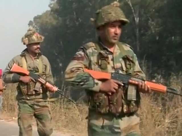 Video : 10 पाकिस्तानी आतंकवादियों के समूह में से तीन मारे गए : सूत्र