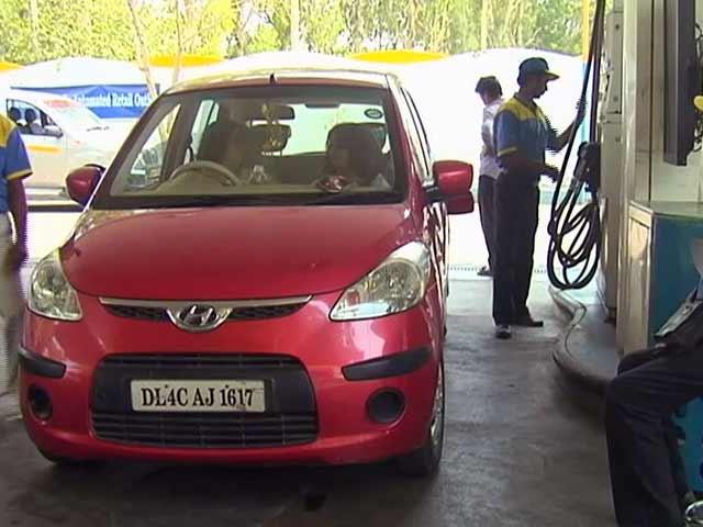 Video : इंडिया 7 बजे : पेट्रोल-डीजल के दाम बढ़े, आधी रात से नई कीमतें लागू