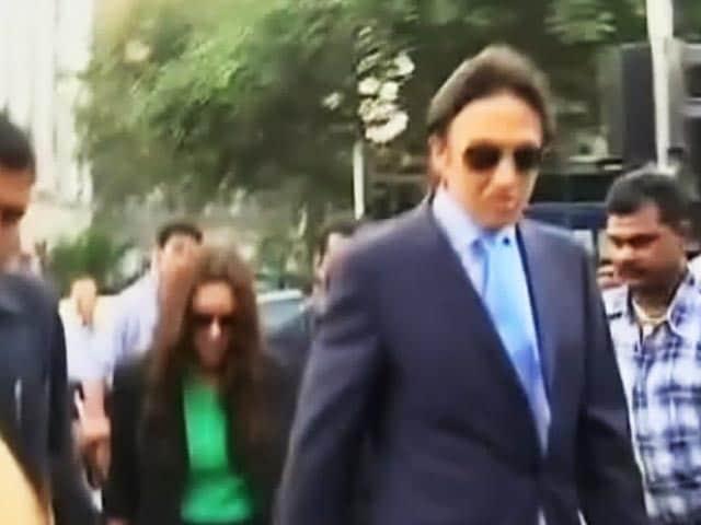 Videos : सरकारी सुरक्षा तो ली, अब बिल भी चुका दें श्रीमान