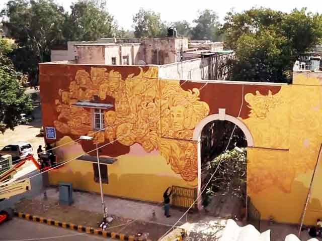 Video : A Look at the Art Work of an Indian and Spanish Artist