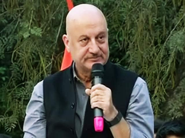 Video : इंडिया 7 बजे : जेएनयू में अनुपम खेर का विरोध