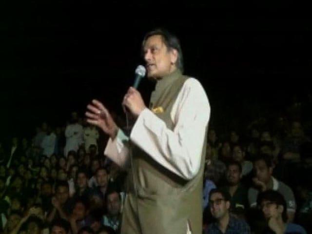 Video : 'Bhagat Singh A Kanhaiya? Then Gandhis Are...?' BJP Asks Shashi Tharoor