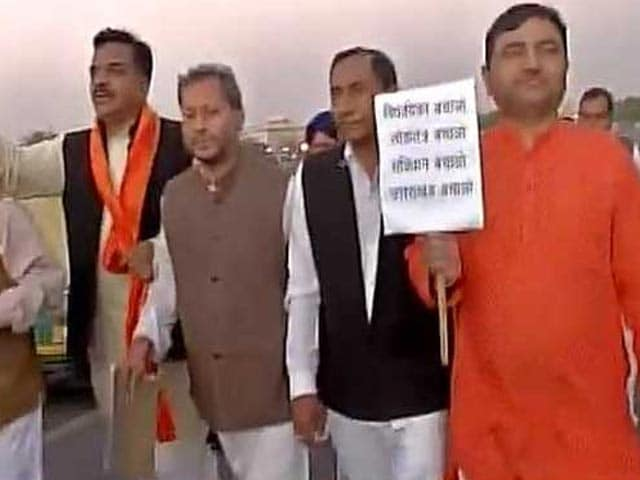 Video : Uttarakhand Crisis: BJP Meets President, But Without Rebel Congressmen
