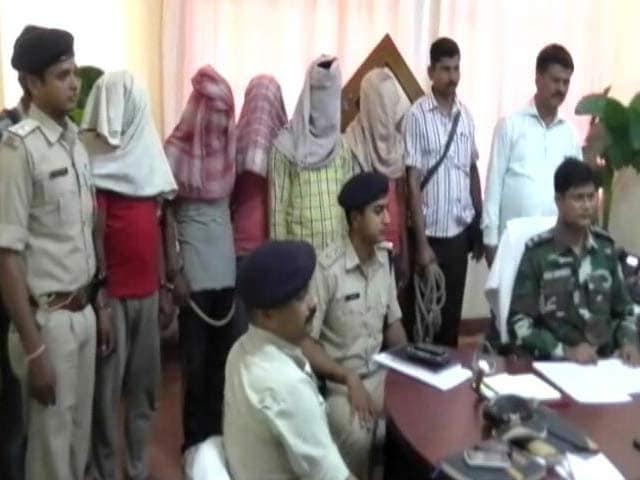 Videos : 'गोरक्षा' संगठन से जुड़ते लातेहार के मवेशी कारोबारी की हत्या के तार