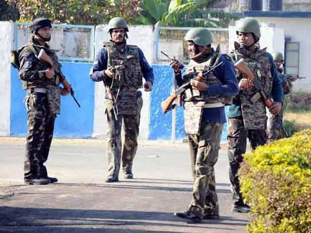 Videos : पाकिस्तानी जांच टीम को वीज़ा मिला, पठानकोट हमले के सबूत जमा करेंगे
