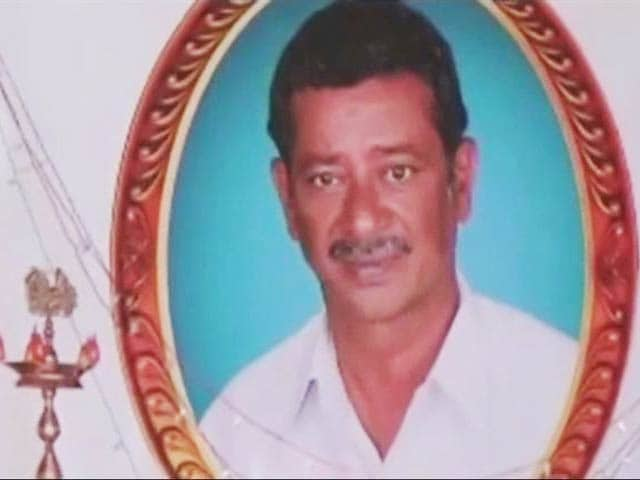 Video : Madurai Farmer Commits Suicide As 2 Borewells Fail To Save Crop