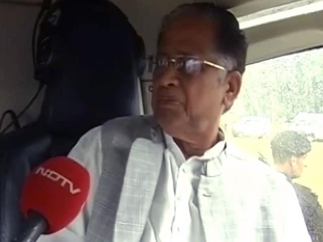 Videos : पीएम मोदी वरिष्ठ नेताओं का सम्मान नहीं करते : सीएम तरुण गोगोई