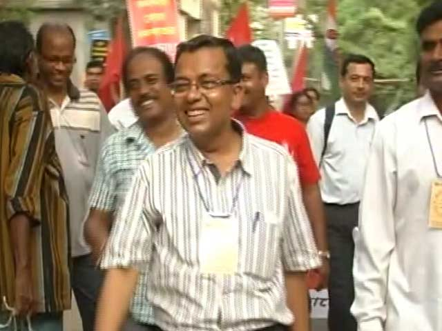 Video : Arrested For Mamata Banerjee Cartoons Once, Professor Contesting Election