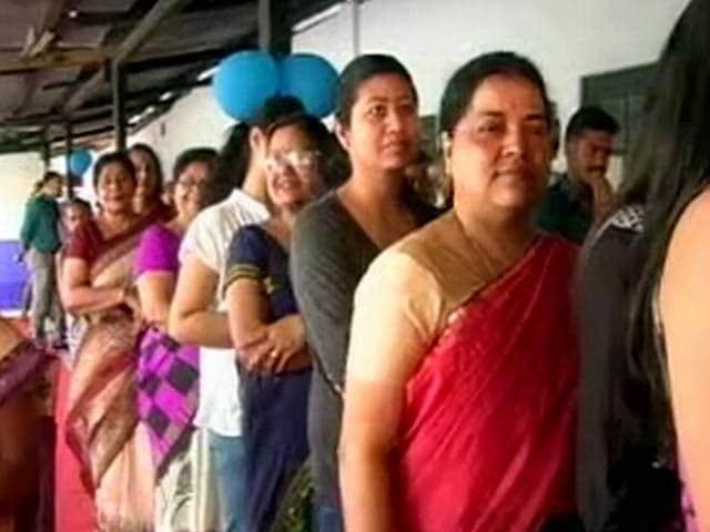 Video : इंडिया 7 बजे : पहले दौर के विधानसभा चुनाव में बंपर वोटिंग