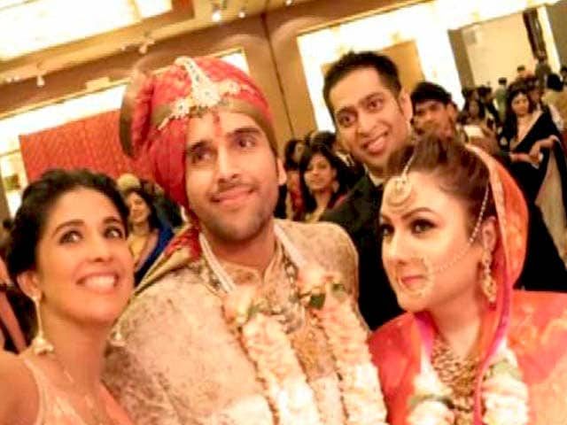 Video : The Kalira Ceremony Meets Aai Budo Bhaat in This Punjabi-Bengali Wedding