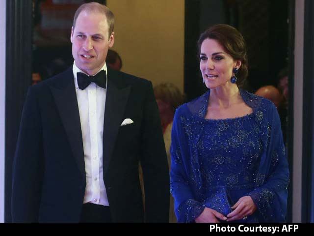 Video : #RoyalVisitIndia: What The Duchess Wore