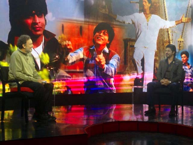 Video : India Questions SRK: Prannoy Roy And Students Interview The Superstar