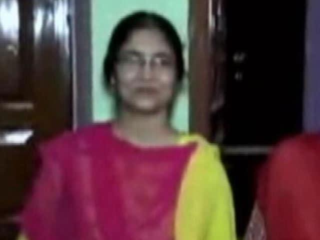 Video : Wife Of NIA Officer Shot Dead in Uttar Pradesh Dies In Hospital