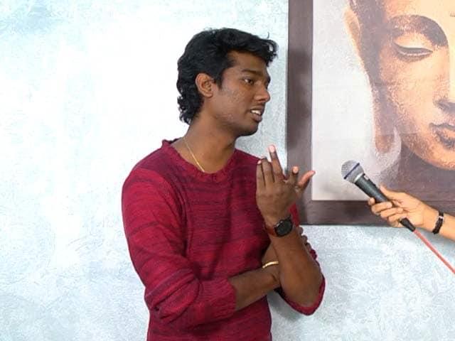 Theri Director Atlee Discusses Vijay's Looks in Film