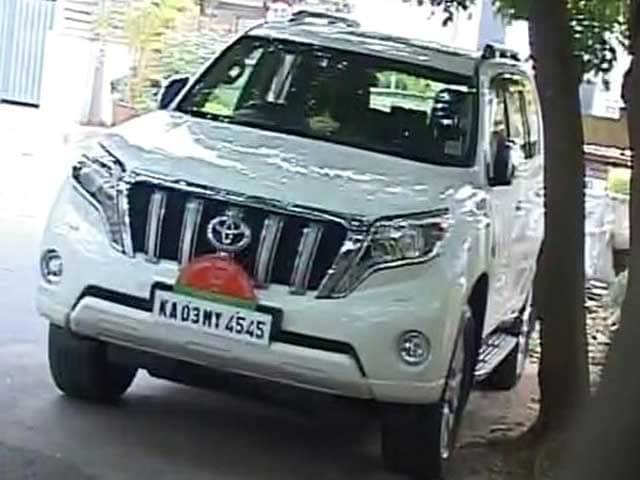 Video : BJP's Yeddyurappa Returns His 1 Crore SUV Ride For 'Proposed Drought Tour'