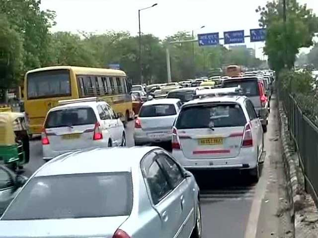 Video : Odd-Even 2.0: With First Working Day, Real Test For Plan Today
