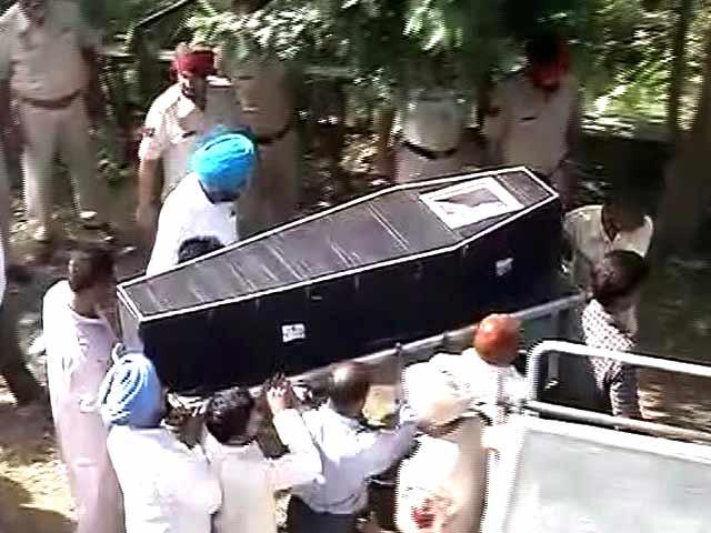 Video : पाकिस्तान ने किरपाल सिंह का हृदय और लिवर निकालकर सौंपा शव
