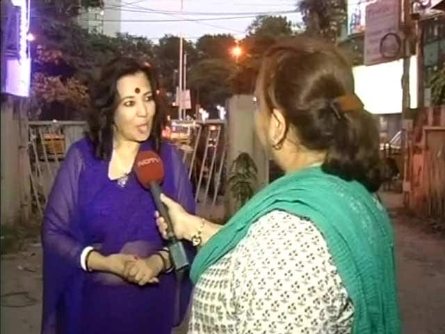 Video : Moon Moon Sen on Misogynistic Attack by Trinamool Leader Rezzakh Mollah