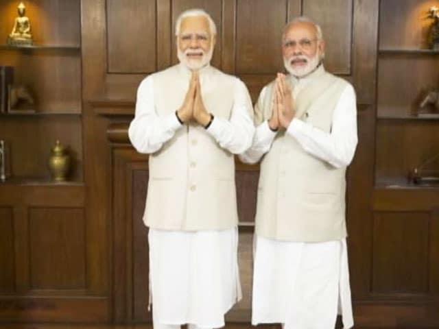Video : What PM Modi Said When He Met His Wax Twin