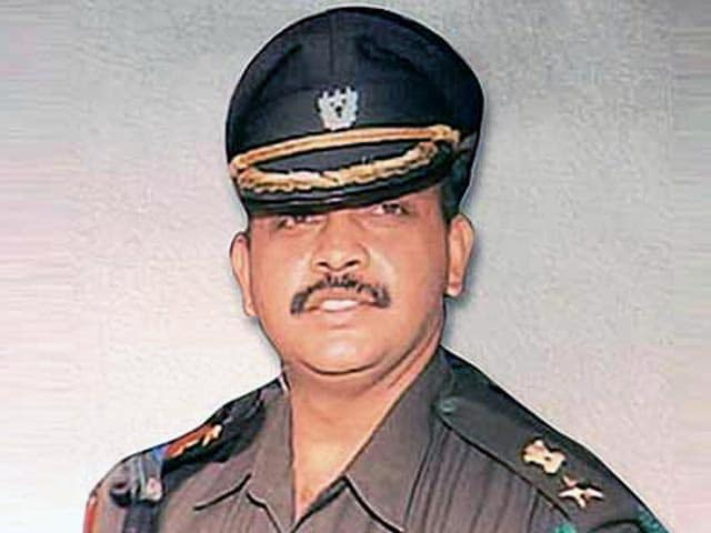 Video : Case Against Malegaon Accused Lt Col Purohit Collapsing? Witnesses Backtrack