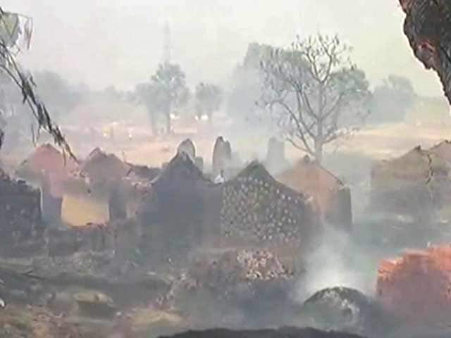 Video : 200 Huts Burnt In Bihar, Officials Say 'Intense Heat' May Be Cause