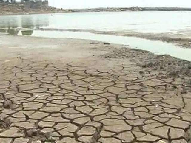 Video : Water Level In 91 Major Reservoirs Dips To 22 Per Cent: Government