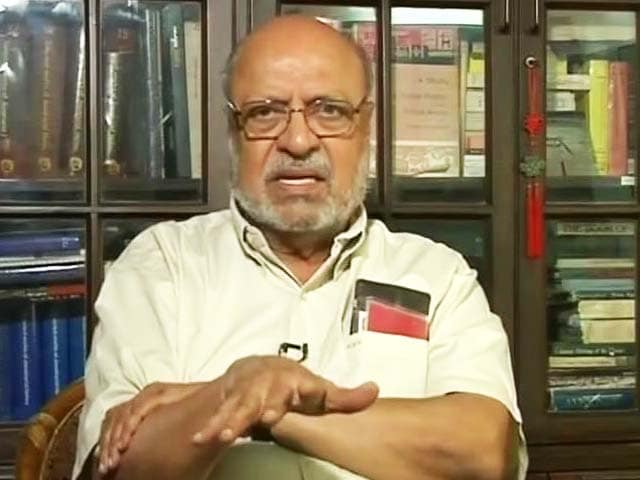 Shyam Benegal To Censor Board: No Scissors Please