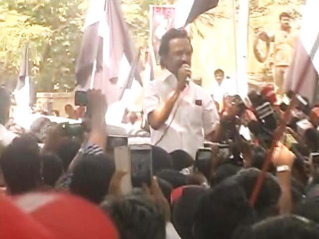 Video : MK Stalin Leads DMK's Comeback Charge In Tamil Nadu