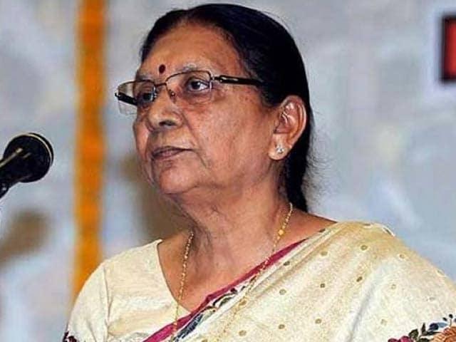 Videos : गुजरात में पाटीदार सहित अगड़ी जातियों को आर्थिक आधार पर 10 प्रतिशत आरक्षण