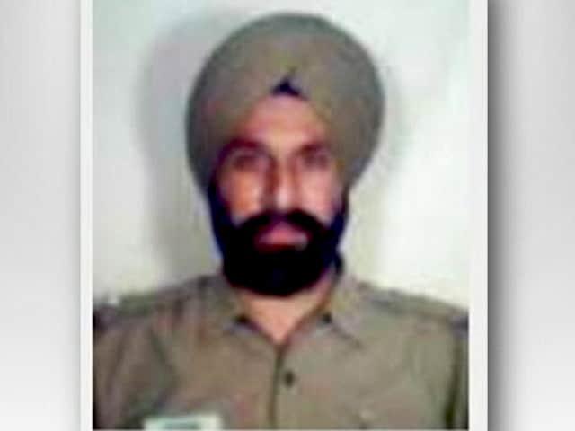 Videos : सीबीआई ने दिल्ली के इंस्पेक्टर को गिरफ्तार किया