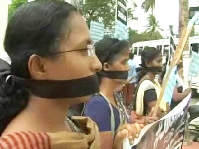 Video : After Week Of Lapses in Kerala Rape & Murder Probe, Police Officer Removed