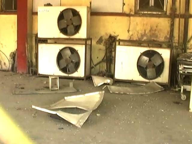 Video : बीएचयू के सर सुंदरलाल अस्पताल के इमरजेंसी वॉर्ड में धमाका, 16 लोग जख्मी