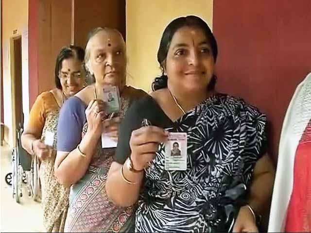 Videos : तमिलनाडु, केरल और पुदुच्चेरी में मतदान
