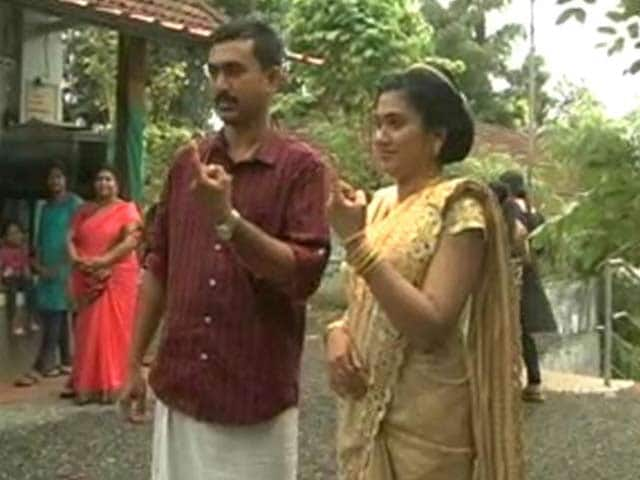 Video : This Kerala Bride Ran Just Before Her Wedding To...A Polling Station
