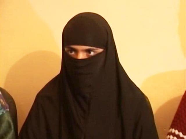 Video : Handwara Teen Says 'Abused By Cops, Pressured To Give Statement'