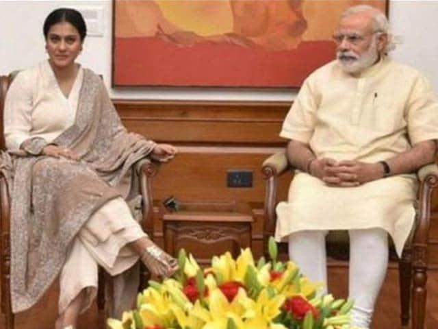 Kajol Meets Prime Minister Narendra Modi