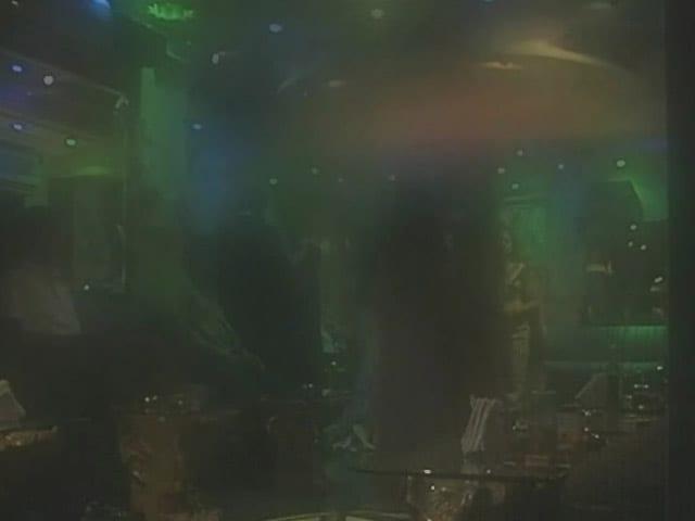 Video : मुंबई : नए क़ानून के तहत डांस बारों पर कार्रवाई